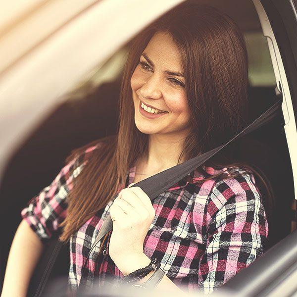 Teen-girl-seatbelt-driving